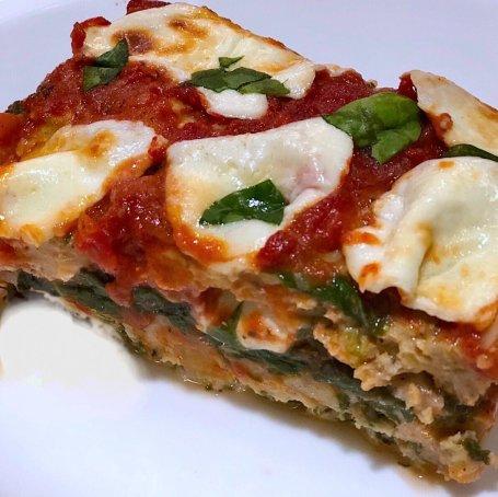 italian spinach and mozzarella stuffed meatloaf with marinara