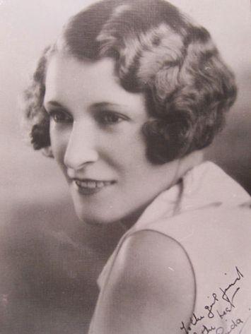 Linda_Agostini_1930