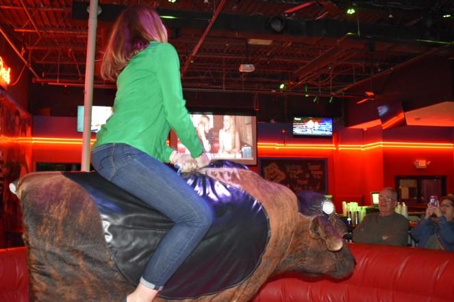 bull_riding_0141