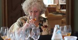 elizabeth gabay tasting wine