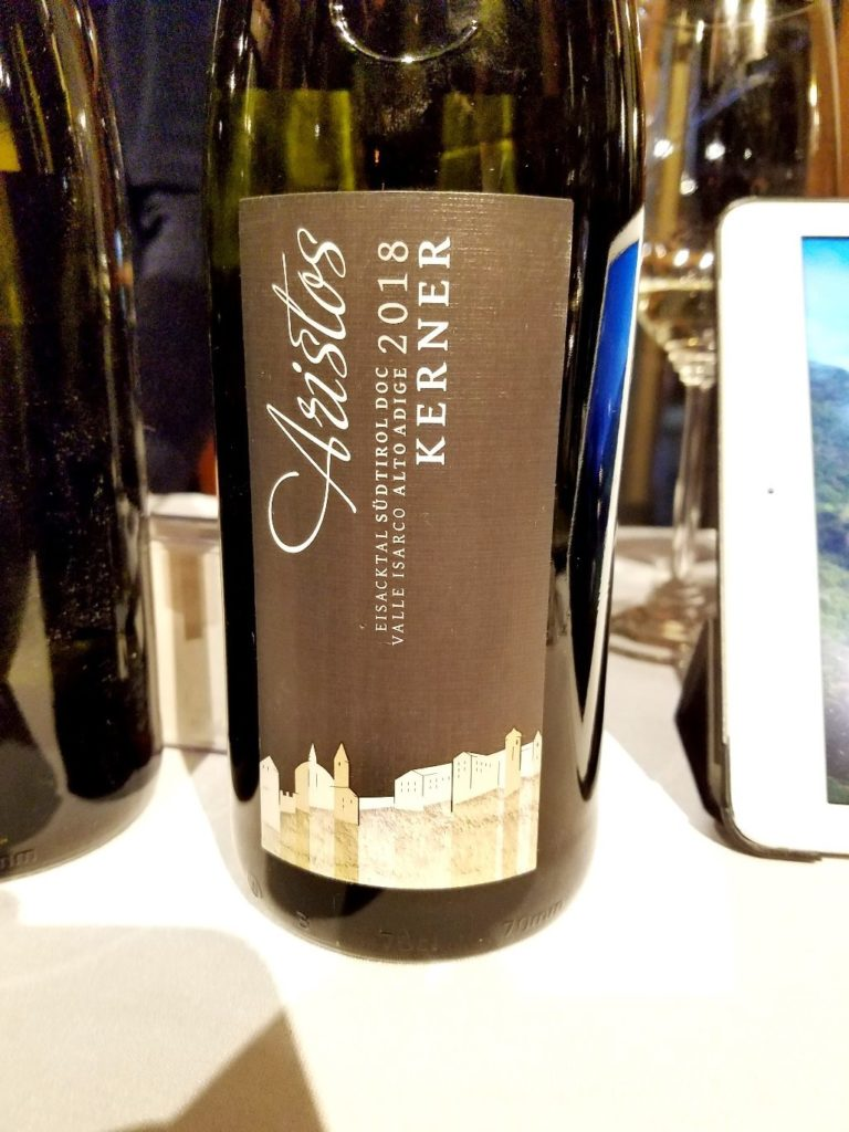 Eisacktaler Kellerei Kerner 2018, James Suckling Great Wines of Italy New York 2020, Wine Casual