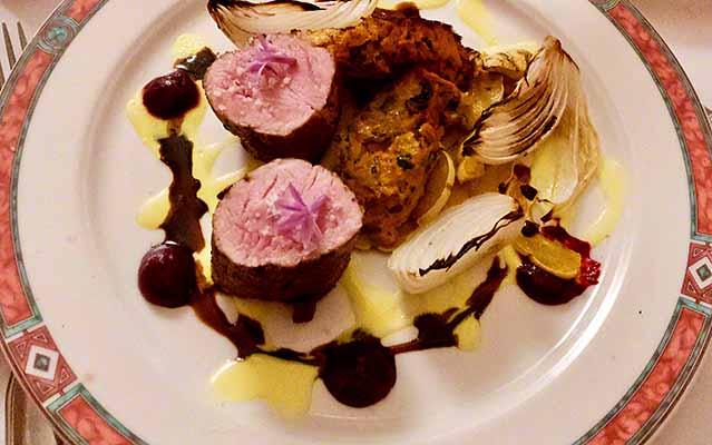 spicy pork tenderloin cafe beaujolais