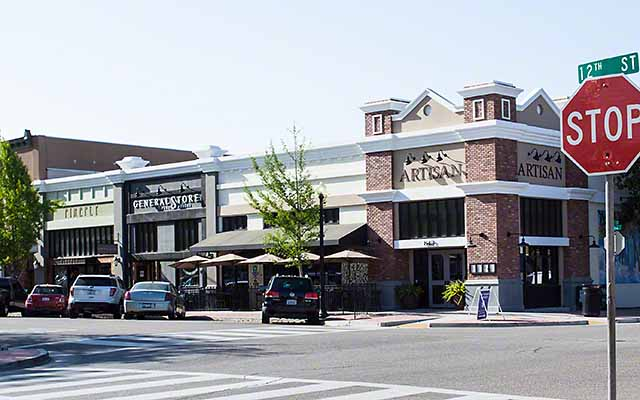 Boutique shopping in Paso Robles around the City Park