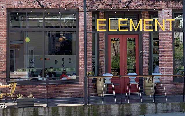 Element Restaurant in the Hanford House B&B