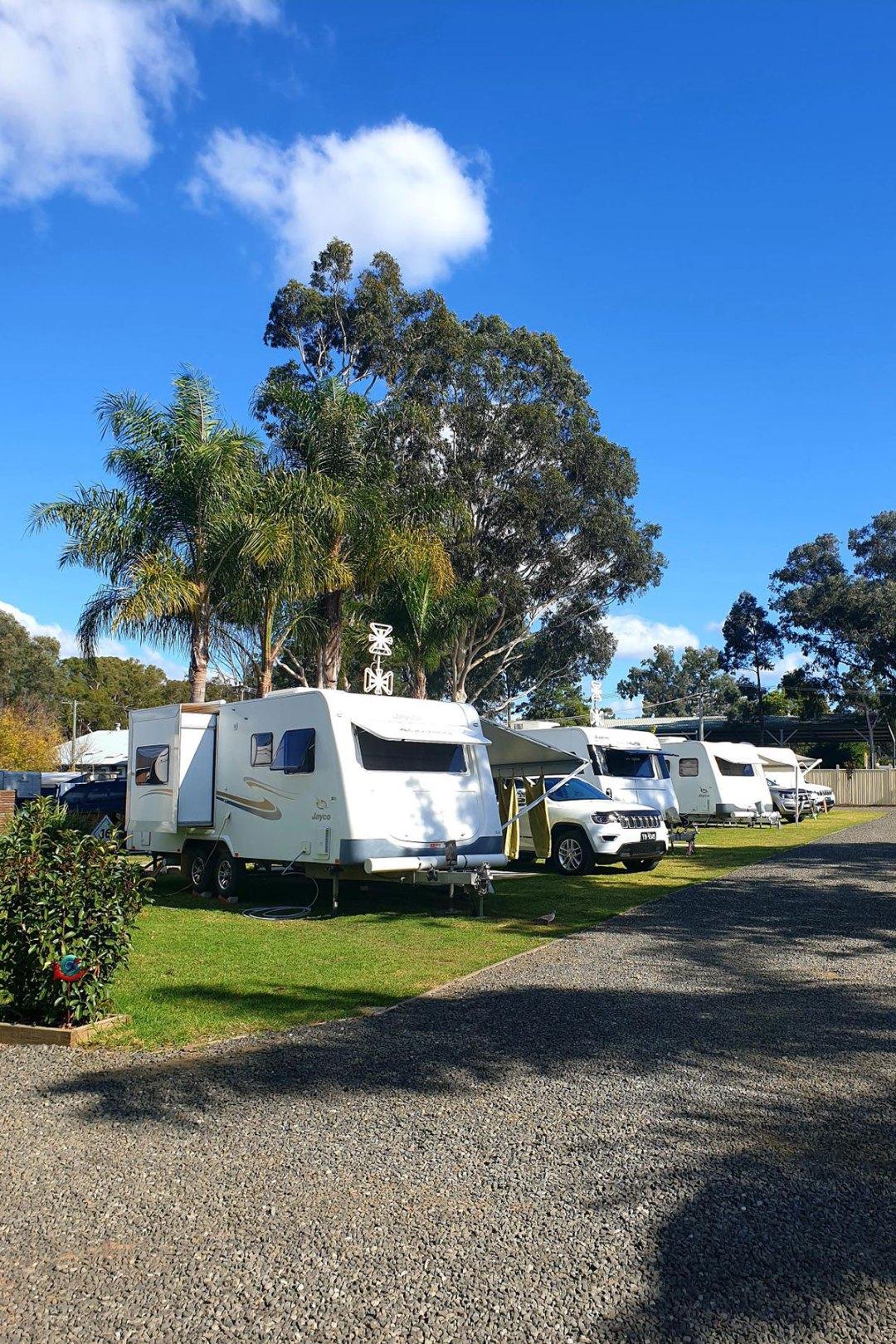 Caravan-Site-with-road