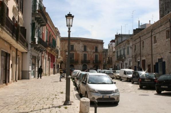 Mugia street