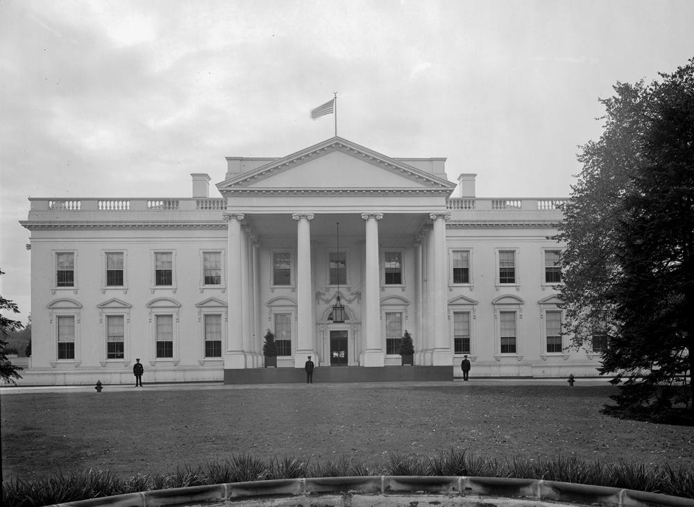 Harris & Ewing, photographer. White House. District of Columbia United States Washington D.C. Washington D.C, None. [Between 1905 and 1945] Photograph. https://www.loc.gov/item/2016855777/.
