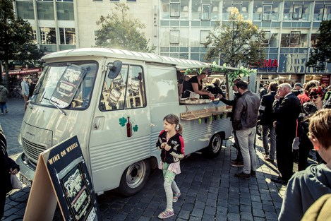 wine on wheels nijmegen wijntruck foodtruck