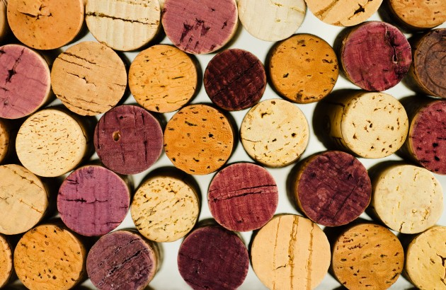 Chinese wine lovers snub screwcap, for now – survey