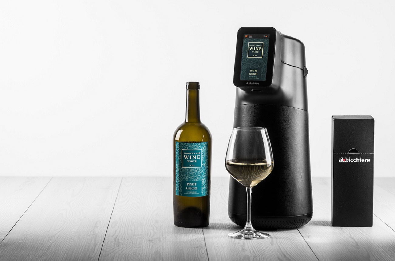 Smart wine pourer 'Albicchiere' gets CES 2020 tech award