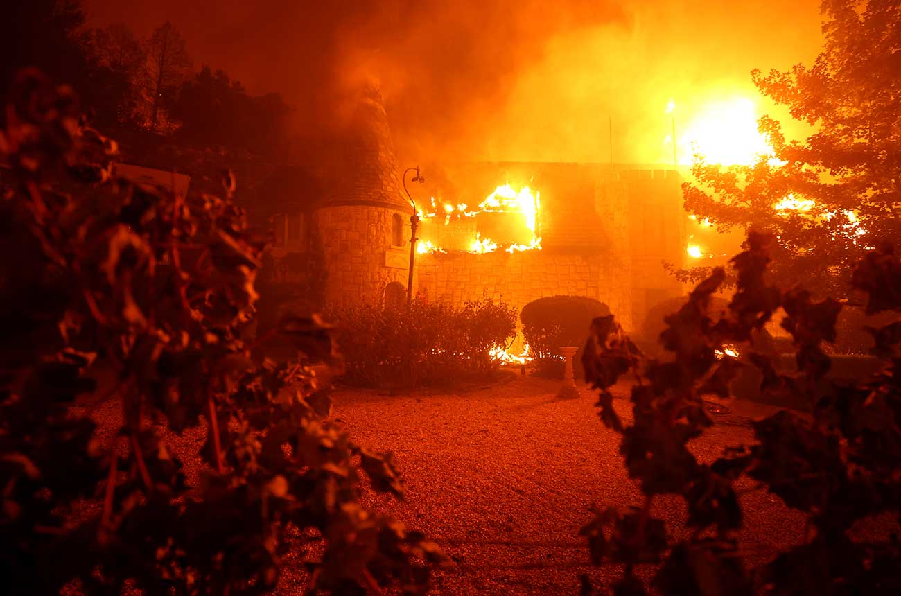 Wildfire forces evacuations in Napa Valley wine country