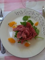 Spicy Beef with Citrus & Leafy salad - paired with Syrah Grenache from Rhone, France