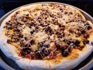 Cooking with Kids: Throwing Together Taco Pizza