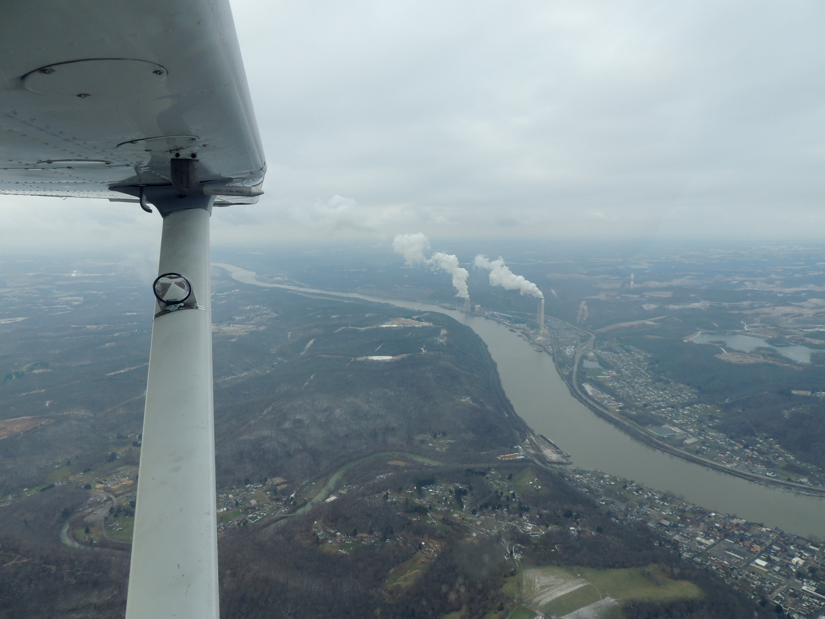 Heading over the Ohio River at 4000 feet