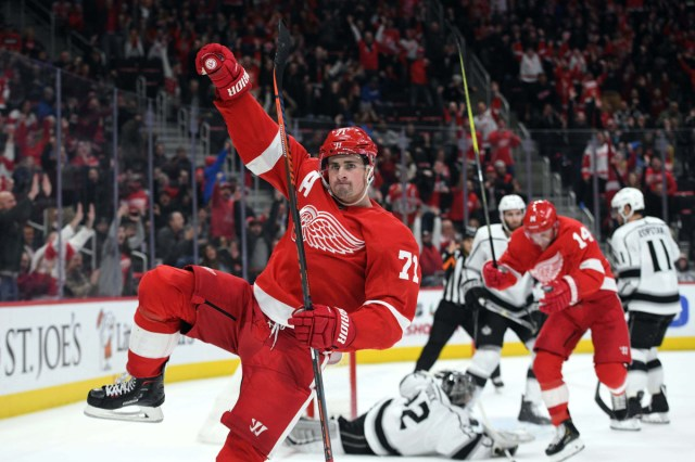 Larkin, Glendening named to U.S. national team for IIHF World Championships