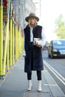 lfw-ss16-street-style-day-1-07