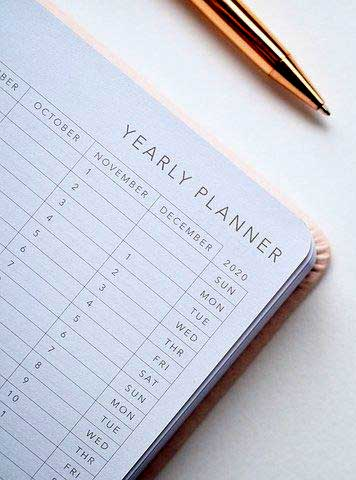A depiction of a yearly planner, included here in a discussion of project scheduling for the video game composer (in the article by game composer Winifred Phillips).