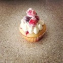 Cranberry Bliss Cupcake