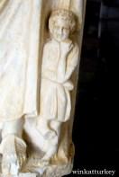 Detalle de una escultura