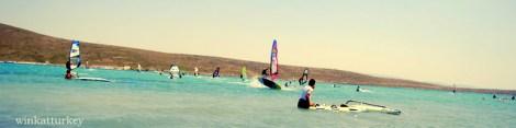 Práctica de windsurfing