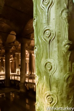 Algunas columnas imitan troncos de árbol