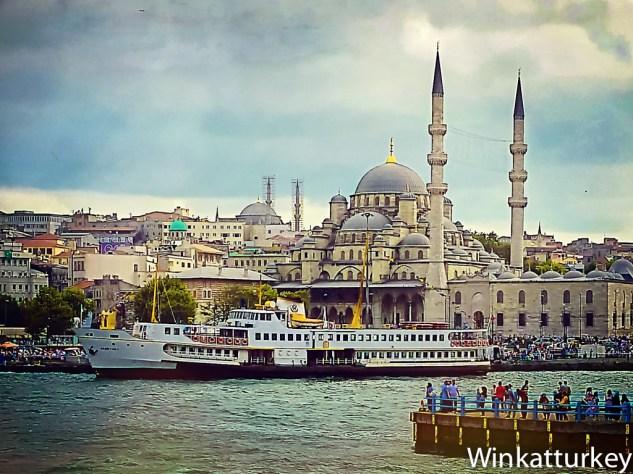 Yeni Cami desde la parte inferior del puente Galata