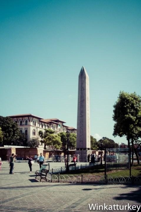 Obelisco egipcio
