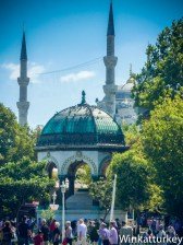Fuente alemana y Mezquita Azul