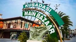 Entrada el bazar de Kusadasi