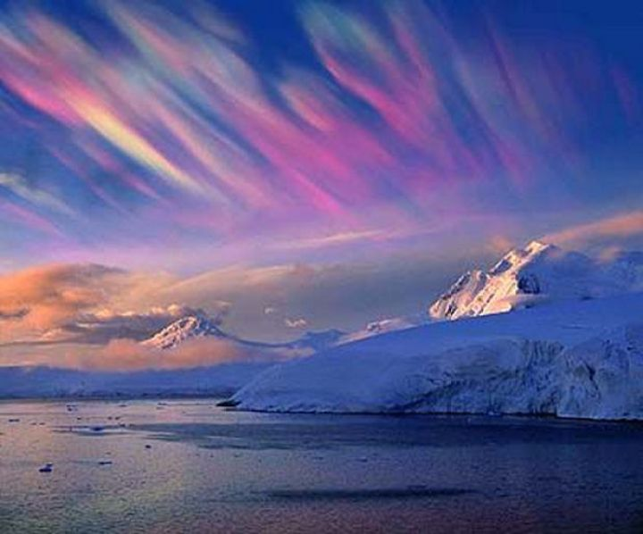 12 Types of Clouds That Are Awesome - Image 3 - Nacreous clouds.