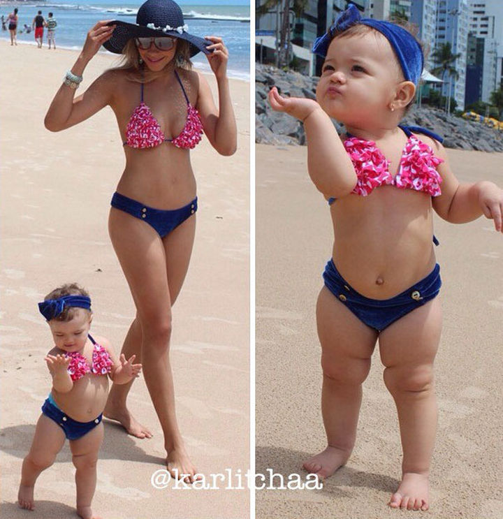 20 Mother and Daughter Pictures - Spending a day on the beach with mommy.