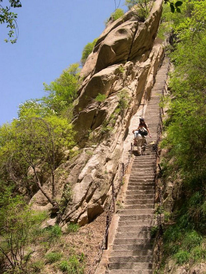 """The base of Mount Huashan is called """"the Heavenly Stairs"""" and while safe, lead you to one of the most dangerous trails."""