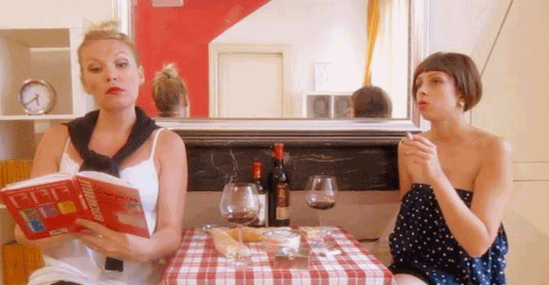 5 Hilarious Steps for Faking through a French Conversation.