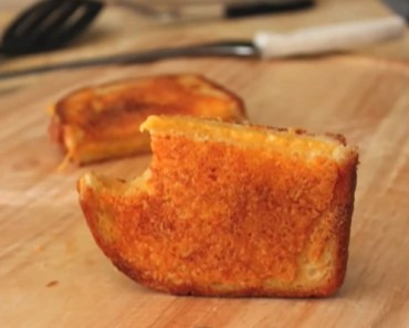 Grilled Cheese Recipe Has Cheese inside and It Is Perfect.