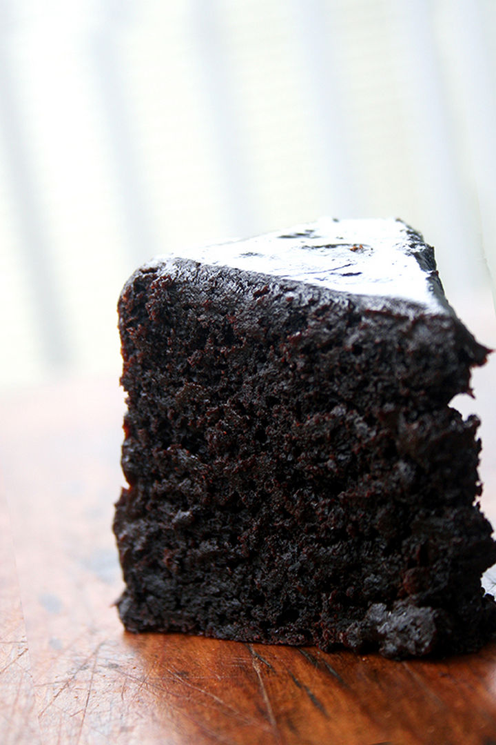19 Chocolate Cake Recipes That Are Better Than Any Boyfriend - Double chocolate cake.