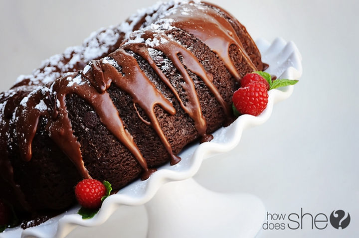 19 Chocolate Cake Recipes That Are Better Than Any Boyfriend - Triple chocolate bundt cake.