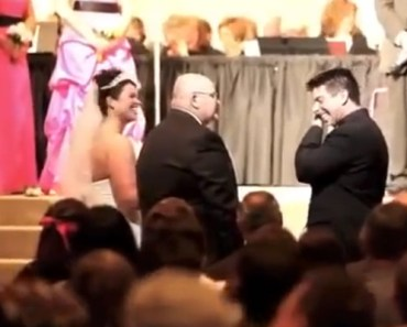 Father Gave a Touching Speech at his Daughter's Wedding.