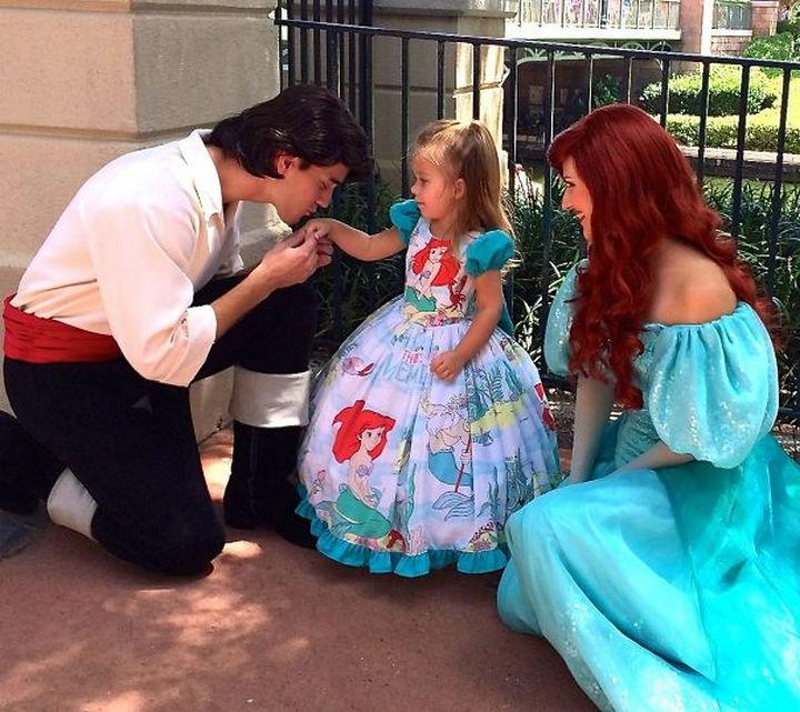 DIY The Little Mermaid costume.
