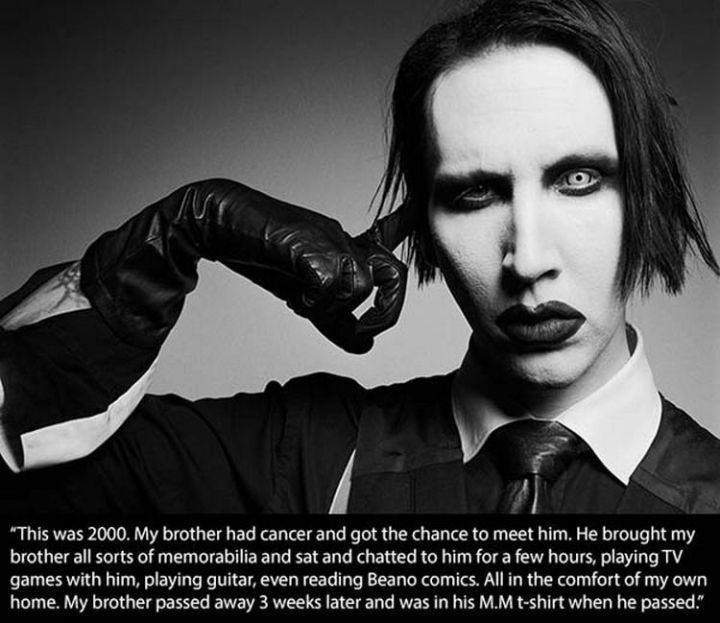 17 Celebrities Doing Random Acts of Kindness - Marilyn Manson.