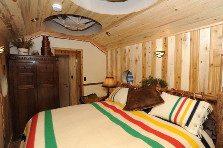 Every room has a rustic feel with beautiful birch walls and oak floors.