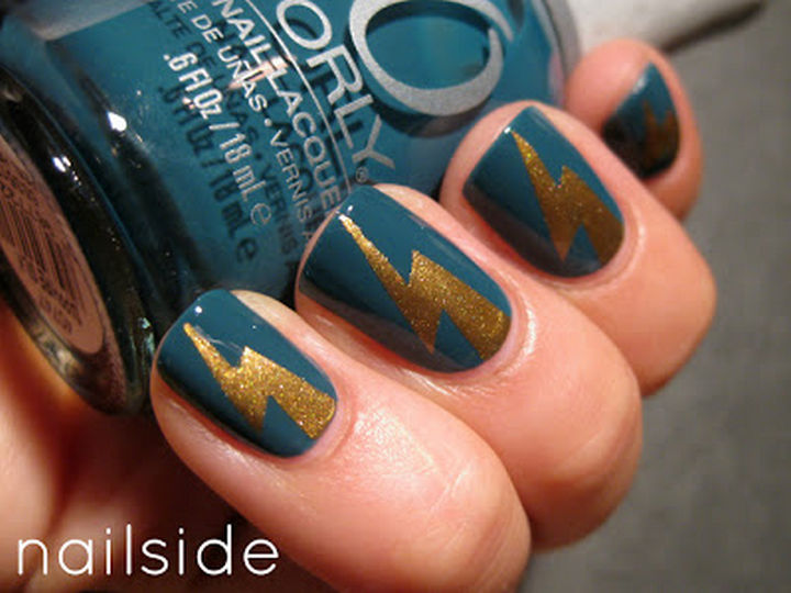 13 Book-Inspired Nail Art Designs - Lightning bolt design inspired by Harry Potter by J. K. Rowling.