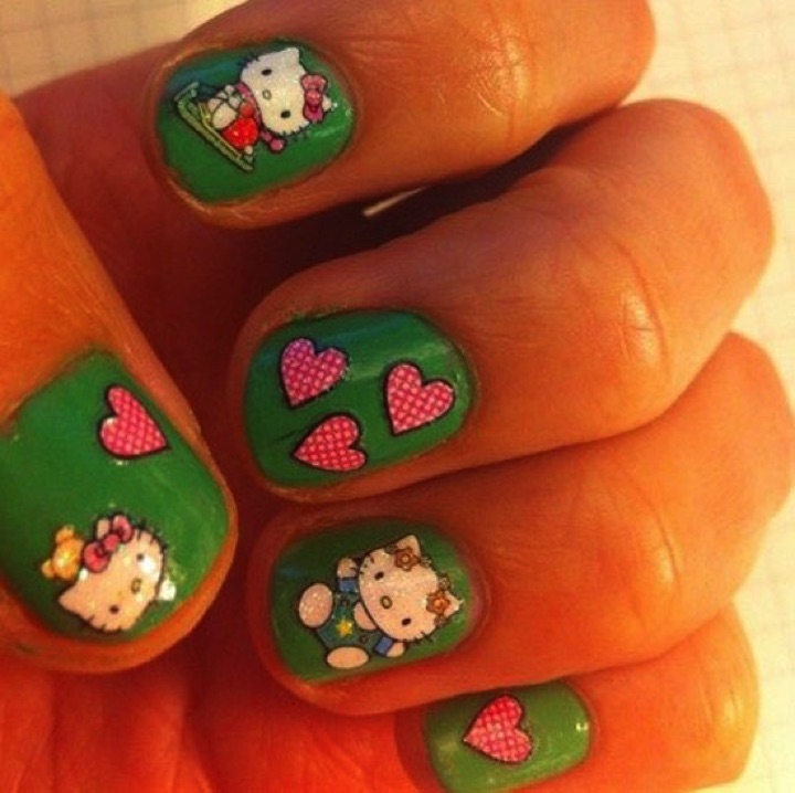 14 Hello Kitty Nails - Cute Hello Kitty nails for the kid in all of us.