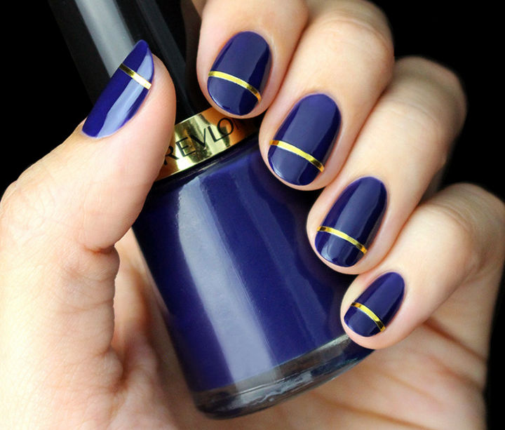 18 Striped DIY Nail Designs - Glossy indigo blue with a gold stripe is pure elegance.