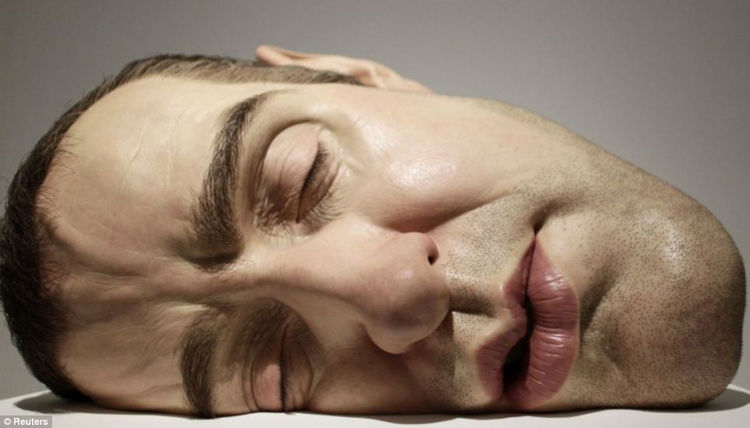Even if the sculptures are only a face or head, they look incredibly real.