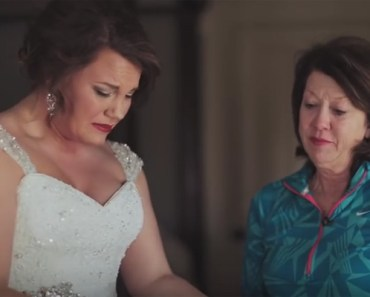 Mother Saves Letter for 20 Years for Daughter's Wedding Gift.