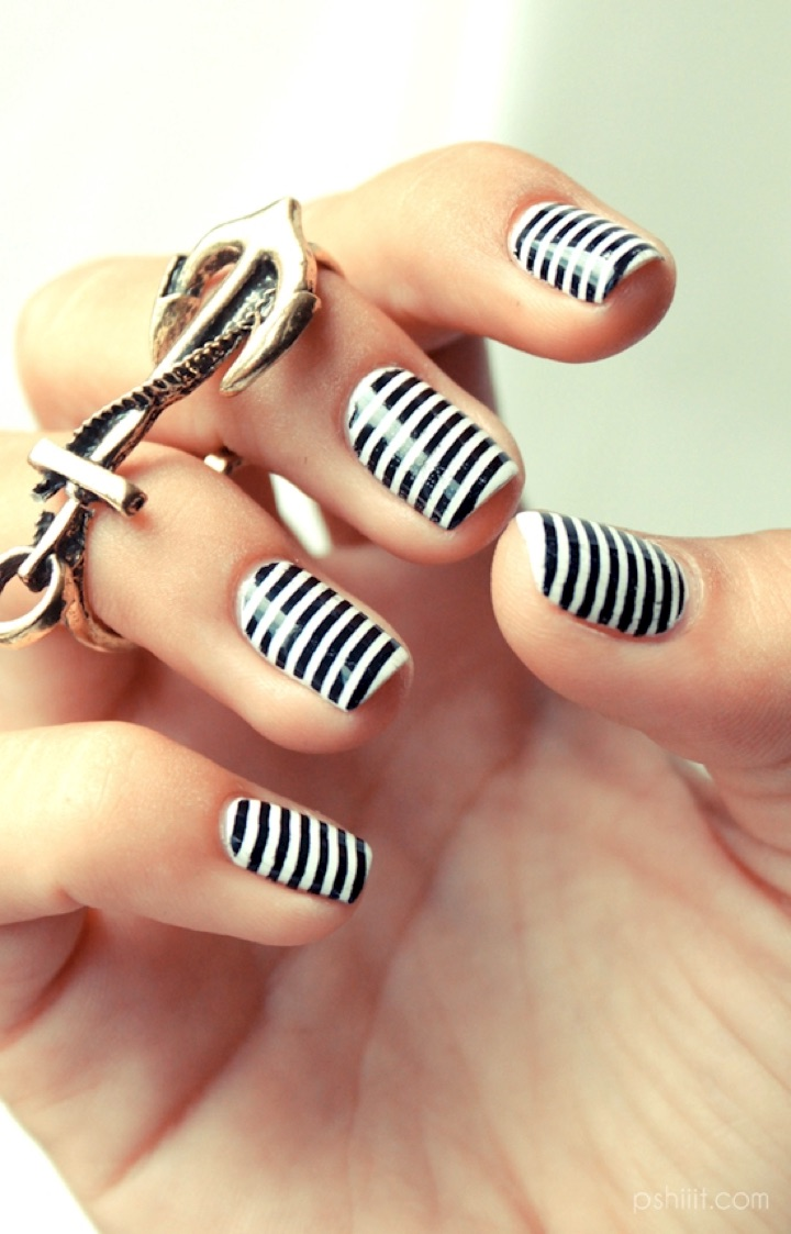 13 Black and White Nails - Are they white stripes or black stripes?