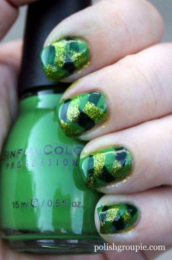 18 Green Manicures - Green fishtail braid nail design.