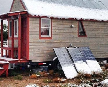 Boulder Couple Build 124-Square-Foot Dream Home on a Trailer.