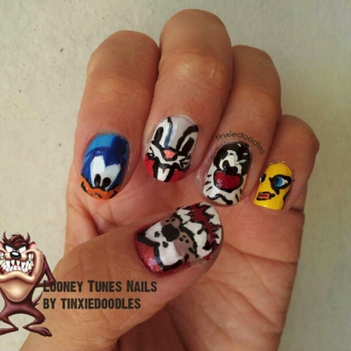 18 Saturday Morning Cartoon Nails - Bugs Bunny and the rest of the Looney Tunes gang!