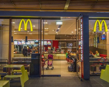 93-Year-Old Widower Gets Birthday Party by McDonald's Staff.